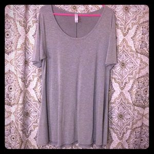 LuLaRoe Grey Heathered Perfect Tee Medium